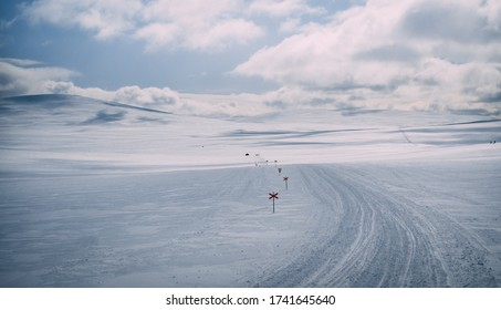 Grövelsjön snowmobile trail cross country skiing