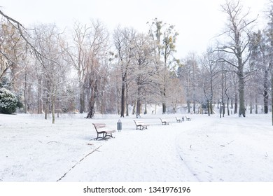 Snowy city Park in Wernigerode