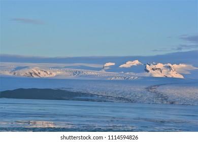 A snowy plain in Iceland