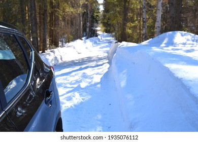 Snowy Winter Road And Forest Background
