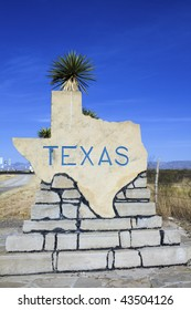 So, this is Texas? Welcome sign.