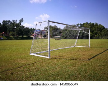Bola Soccer Images, Stock Photos & Vectors | Shutterstock