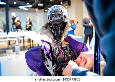 Social humanoid robot Sophia, a latest creation by Hanson Robotics company, before a meeting with young inventors and officials in Kyiv, Ukraine October 11, 2018.