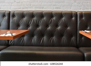 sofa a restaurant