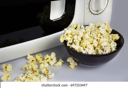 Soft butter popcorn after the cooking in the microwave oven
