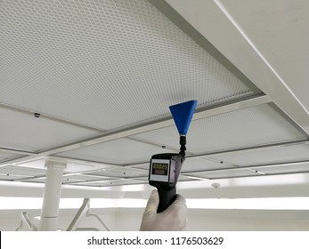 Soft focus to Scan air leak test of HEPA Filter - Supply air in Cleanroom