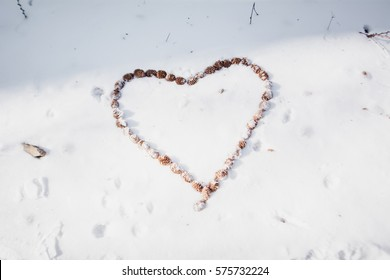 Soft focus,Heart on the snow