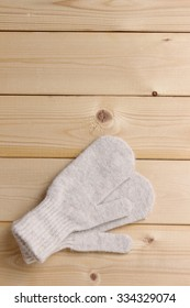 Soft and warm gloves for kids