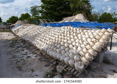 Soft-prepared chalk(Clay of Din Sor Pong) or white clay fille in rural markets of Thailand