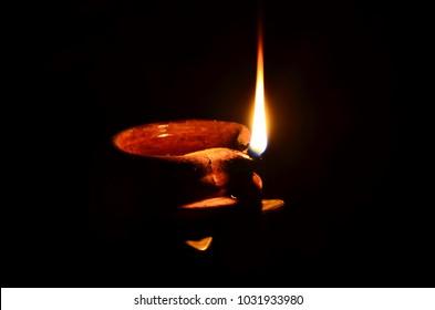 sobre y vectores de Imágenesfotos stock Lamp Burning fg7b6y