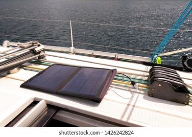 Solar panel 12V flexible foldble for charge mobile phones, cellphones. USB outdoor solar panels for yacht