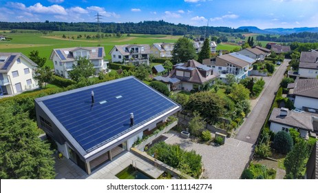 Solar panels in switzerland