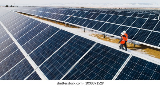 Solar power station workers