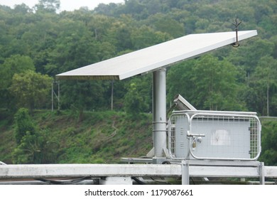 Solar Powered Generators by the way in country