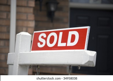 sold sign / real estate