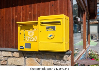 Spanish Post Office Images, Stock Photos & Vectors