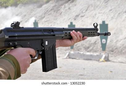 Soldier practicing shooting skills
