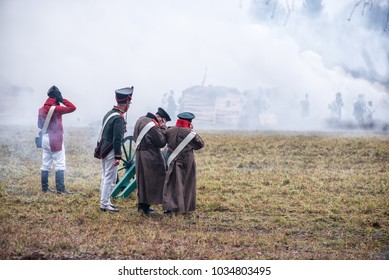 Soldiers in the old form on the reconstruction of the battle with Napoleon