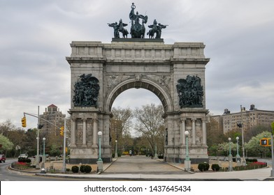Soldiers and Sailors Arch in Grand Army Plaza by Prospect Park in Brooklyn, New York.