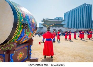 Soldiers with traditional Joseon Dynasty uniforms will protect Gyeongbokgung Palace in Seoul, South Korea, March 3, 2018.