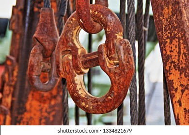 Solid steel chain for industrial use