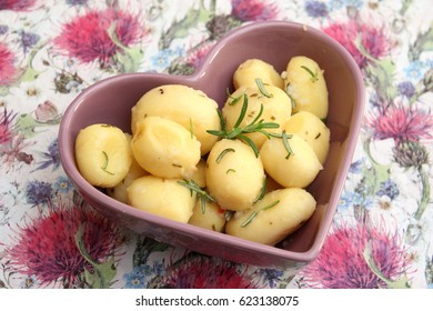 some cooked potatoes with rosemary