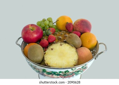 Some fresh fruit in a pretty bowl