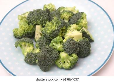 some raw broccoli