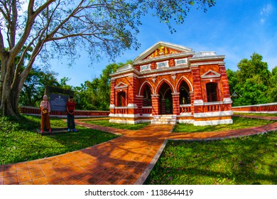 Songkhla, Thailand – 1 May 2018: The beautiful of Sala Phra Wihan Daeng, a pavilion built during the reign of Rama V on Khao Tang Kuan Hill, Songkhla, Thailand.