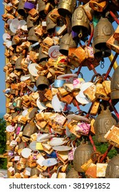 SONGKHLA, THAILAND - FEB 23, 2016 : Love Locks On Tang Kuan Hill shows the love of  the couple