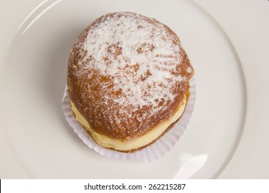 Sonho, Brazilian bakery dream.