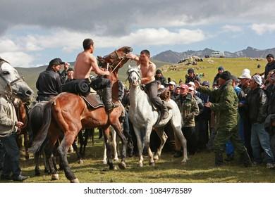 Son-Kul plateau, Naryn region, Kyrgyzstan, August 20,2011. Festival of national equestrian games on the Son-Kul plateau at the Son-Kul lake.
