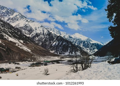 Sonmarg, Srinagar, India 21 April 2016: This photo of the mountains were taken at Sonmarg, Srinagar, India on 21 april 2016