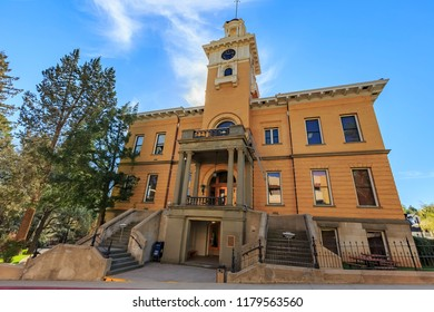 Sonora, MAR 17: Exterior view of the Tuolumne County Superior Court on MAR 17, 2014 at Sonora, California