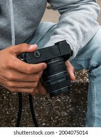 Sony mirrorless aps-c camera a6000