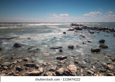 Soothing whispy seascape