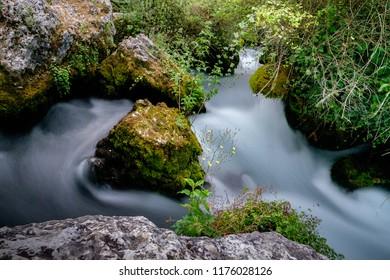 Sorgue, Waterstream, Fontaine de Vaucluse, Provence, France