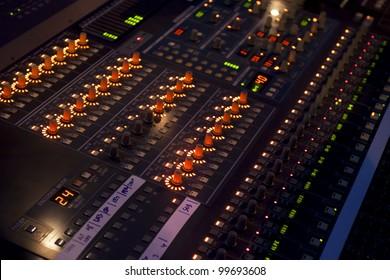 Sound mixer in concert
