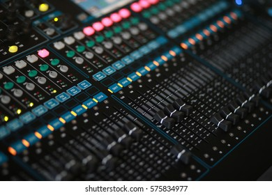 Sound Mixer focus on volume
