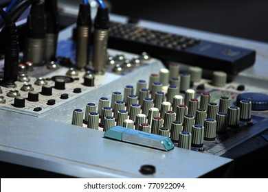 Sounds mixer control