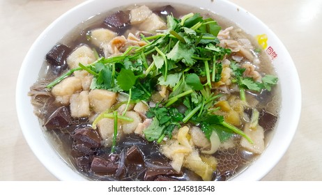 soup with duck blood and bean-starchy vermicelli, most popular dish in Nanjing, a city of Jiangsu Province, China