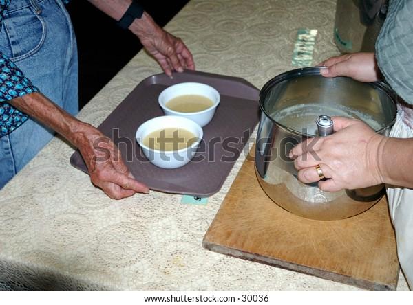 Soup kitchen volunteers 8