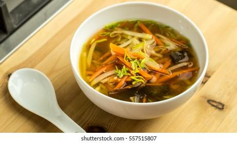 Soup-shoyu bouillon
