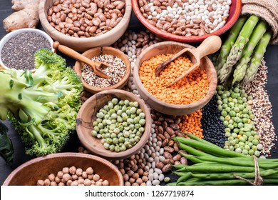 Source of vegetable protein for vegetarian cuisine