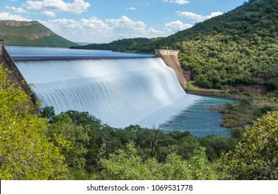 "South African dam overflowing, the ""Loskop"" dam."