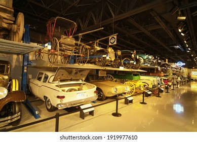 SOUTH BE, UNITED STATES - Aug 17, 2007: Classic Studebaker automobiles on display inside the Studebaker Museum in South Bend, Indiana