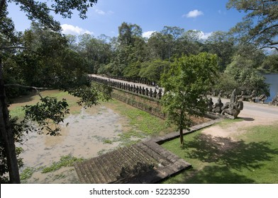 South gate bridge to the Angkor Temples, Cambodia