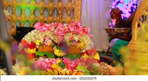south Indian wedding ceremony, Tamil wedding stage, Hindu wedding rituals