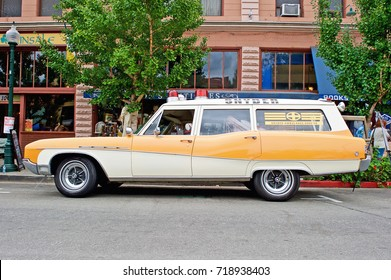 SOUTH PASADENA/CALIFORNIA - SEPT. 17, 2017: Buick station wagon used as Snyder Ambulance Service parked along the road at a gathering of classic car enthusiasts in South Pasadena, California USA