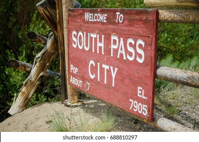 South Pass City State Historic Site in Wyoming welcome sign